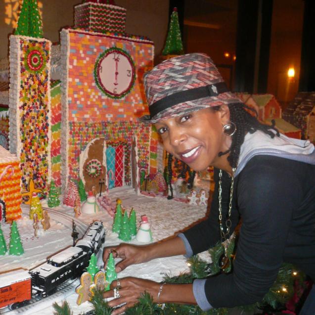 LaurieCelebratingHolidays12-2010 (1)